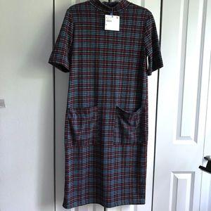 Zara Perfect Basics checkered pocket midi dress